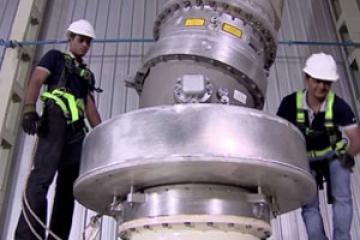 اولین و بزرگترین بریکر گازی 1200KV دنیا